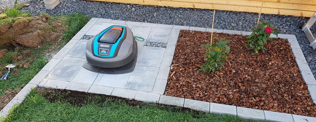 Stellplatz für den Rasenmähroboter
